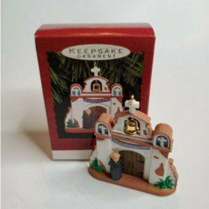 1993 Hallmark Keepsake Ornament Feliz Navidad